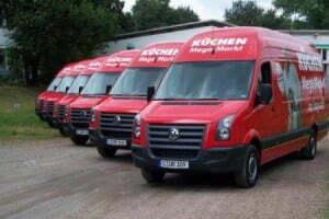 Kuechen-Mega-Markt-Fahrzeugbeschriftung-future-werbung-flotte.jpg