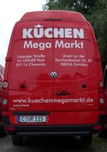 Kuechen-Mega-Markt-Fahrzeugbeschriftung-future-werbung-hinten.jpg