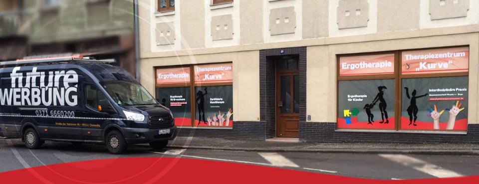 Future Werbeagentur Chemnitz Therapiezentrum_Kurve_Fensterbeschriftung